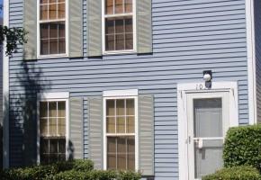 1034 Four Seasons Blvd, Aurora. Rent to Own