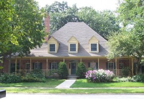 4bed; 3.5bath custom home on wooded lot in Stonebridge!